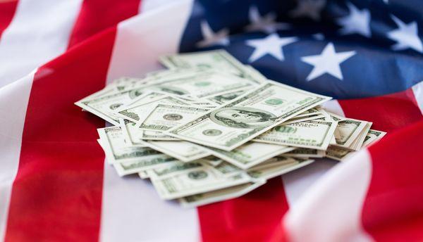 לפי התחקיר, נכסי חברת הביטוח זינקו לסכום של 295 מיליארד דולר | צילום: fotolia