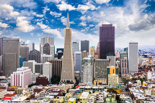 סן פרנסיסקו, קליפורניה. מבקרי התקנות חוששים מתשלומים נסתרים