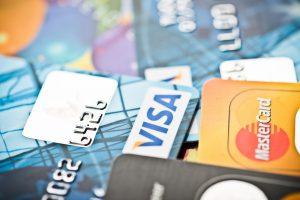 המאבק בחברות האשראי
